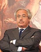 L'ex governatore siciliano Raffaele Lombardo (Imagoeconomica)