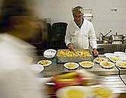 La mensa dei poveri di Sant'Egidio (Reuters)