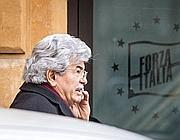 Antonio Razzi nella sede del Pdl in via dell'Umiltà (Ansa/Angelo Carconi)