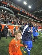 Mario Balotelli in campo con la maglia azzurra nella sfida con  l'Olanda (Ap)