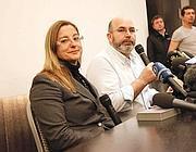 Roberta Lombardi e Vito Crimi in conferenza stampa (Ansa/Lami)