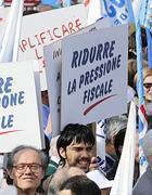 Proteste contro le tasse