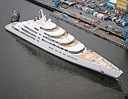 «Azzam», lo yacht misura 180 metri di lunghezza