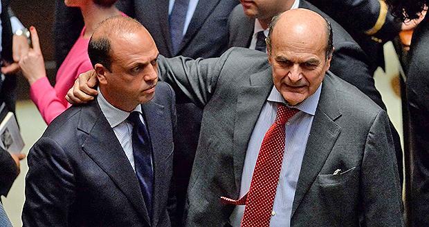 L'abbraccio Alfano-Bersani
