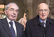 Giuliano Amato e Giorgio Napolitano (Ansa)