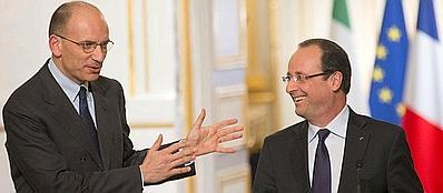 Enrico Letta e François Hollande a Parigi (Ap)