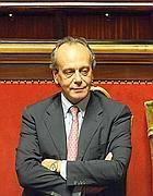 Nitto Palma in aula al Senato (Ansa)