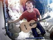 Chris Hadfield canta «Space Oddity»