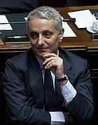 Il ministro delle Riforme Gaetano Quagliariello (LaPresse)
