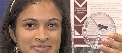 Eesha Khare mostra il suo �supercondensatore�