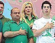 Francesco Belsito a sinistra accanto a Renzo Bossi