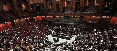 'Aula della Camera durante il voto delle mozioni sulle Riforme (Ansa)