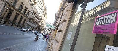 Negozi chiusi per la crisi a Roma (Jpeg Fotoservizi)