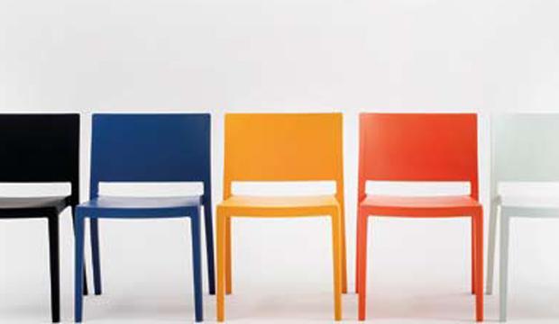 Un'anima di plastica (ri)creò il concetto di sedia