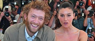 Vincent Cassel e Monica Bellucci a Cannes nel 2002 (Reuters)