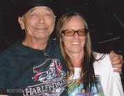 """Janice """"Lokelani"""" Keihanaikukauakahihuliheekahaunaele e suo marito (Ap)"""