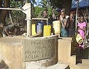Un pozzo realizzato in Kenia (Amref)