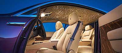 L'interno della Rolls-Royce Wraith, c'è anche l'effetto «cielo stellato»