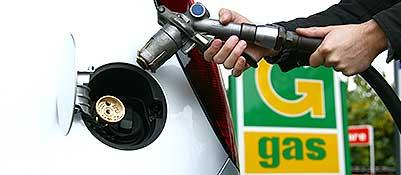 Il rifornimento di una vettura a gas