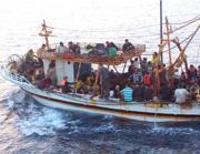 Un barcone con 150 migranti siriani avvistato il 23 agosto al largo di Siracusa
