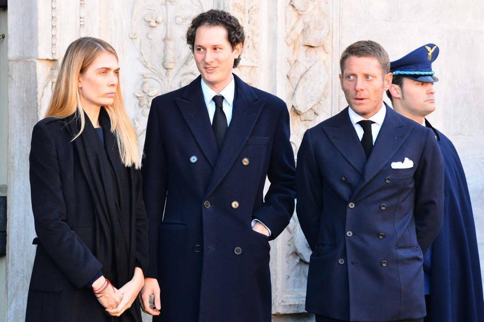 John Elkann con la moglie Lavinia e il fratello Lapo (Olycom)