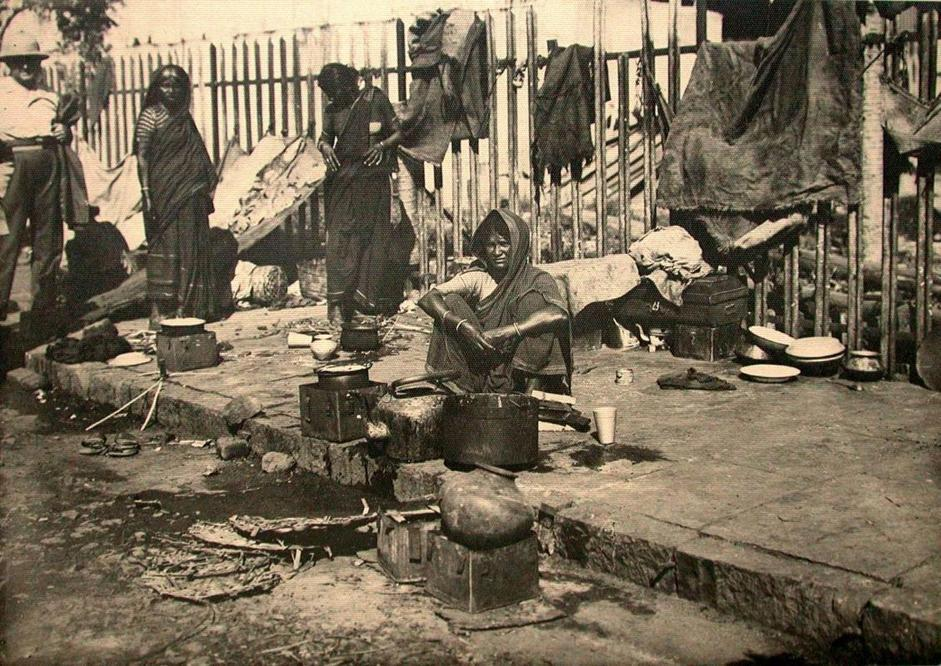 Casa all?aperto, collezione ?La grande crociera in India e Ceylon della Reale Societ� Geografica Italiana?, Mumbai (ex Bombay), dicembre 1932/gennaio 1933, foto di Antonio Sturla