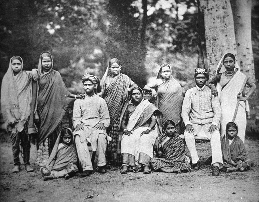 Famiglia musulmana, collezione ?Bandini?, India, 1903, foto di anonimo