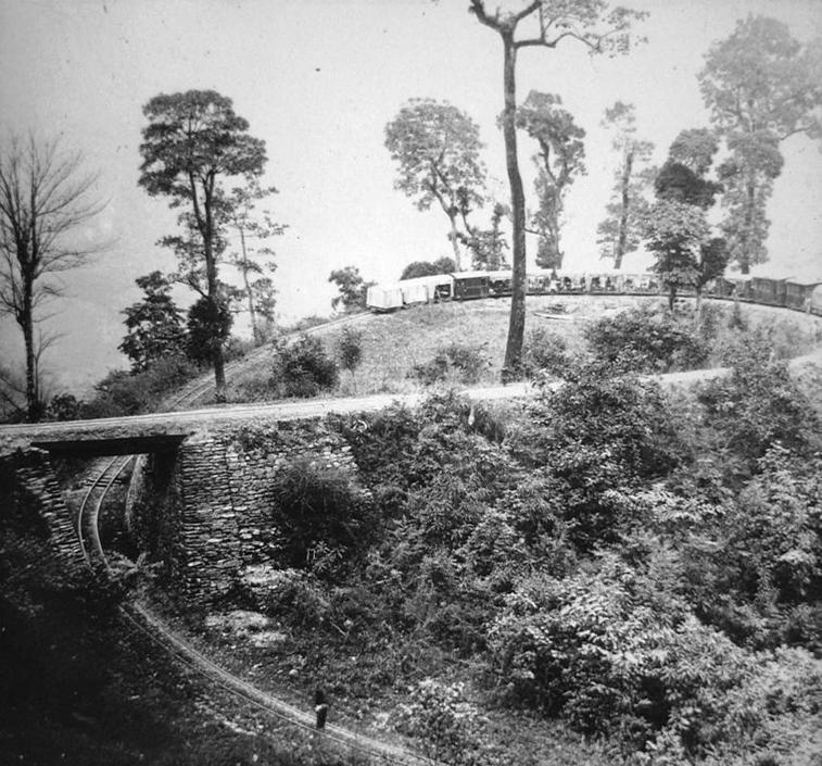 Ferrovia dell'Himalaya, collezione ?Bandini?, Darjeeling, India, 1903