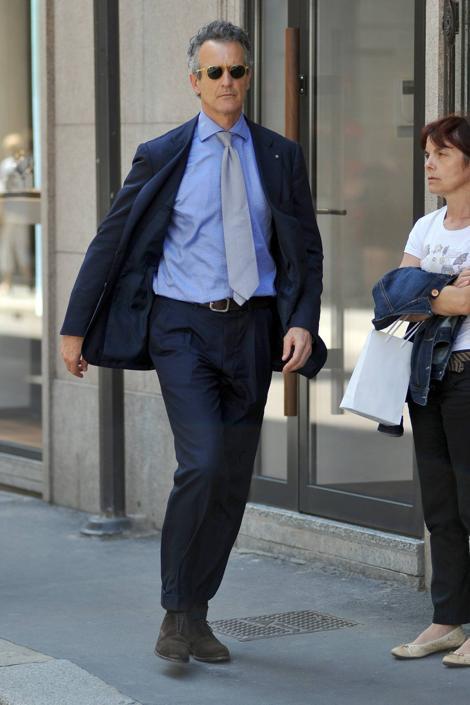 Il look sobrio ed elegante di Alessandro Benetton
