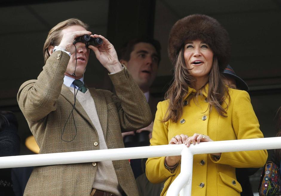 Pippa, sorella della principessa Kate, al fianco di Tom Kingston, banchiere della City (Reuters)