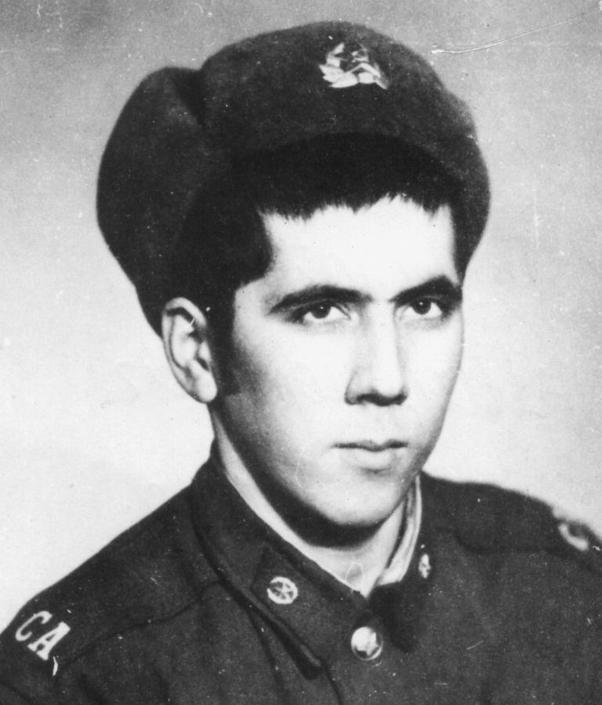 Dopo 33 anni (questa è una sua foto del 1980) è ricomparso Bakhritdin Khakimov, soldato dell'ex Unione Sovietica all'epoca dell'invasione in Afghanistan. Da allora risultava disperso (Olycom)