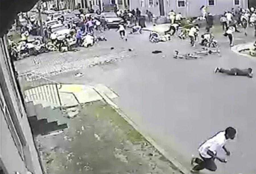New orleans l 39 uomo che spara sulla folla for Aprire piani moderni