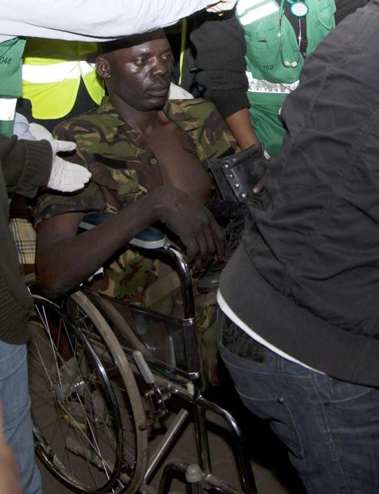 Un soldato ferito (Ap/Azim)