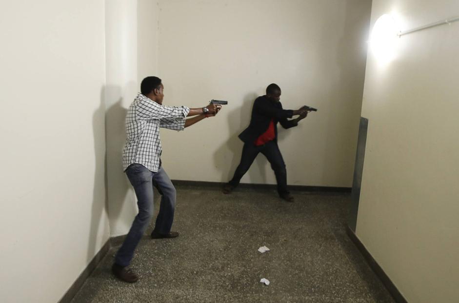 Il cerchio si stringe sui rapitori (Reuters/Tomasevic)