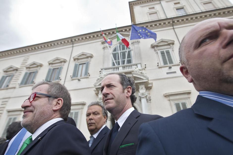 Rappresentanti della Lega Nord davanti a Montecitorio per l'elezione del presidente della Repubblica (Benvegnù-Guaitoli)