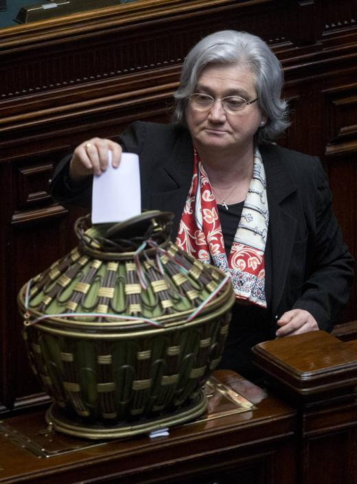 Rosy Bindi al voto (AP Photo/Andrew Medichini)
