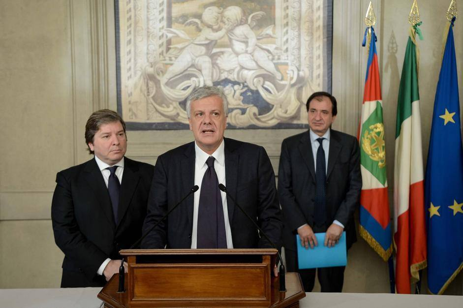 Gianpiero D'Alia,  capogruppo al Senato di Udc, Svp e Autonomie, e Gian Luca Galletti, capogruppo dell'Udc alla Camera (ImagoEconomica/Scudieri)