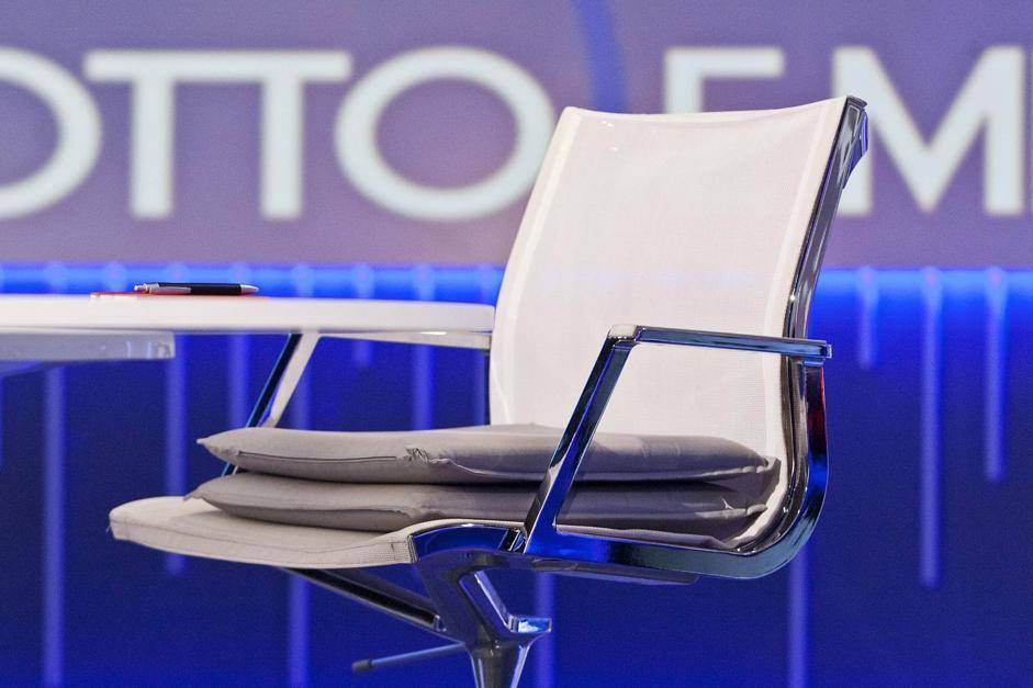 La sedia con i cuscini (LaPresse)