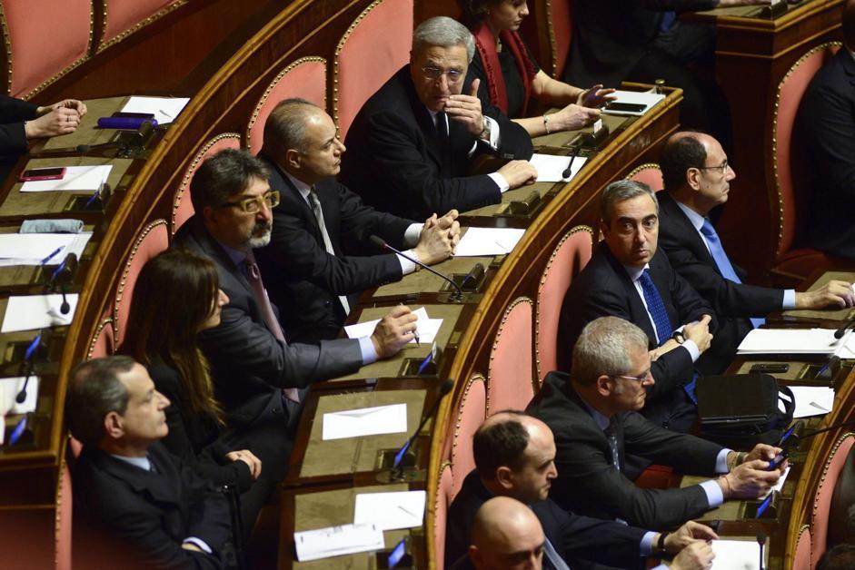 Il senatore Maurizio Gasparri durante la seduta di insediamento dei nuovi senatori a palazzo Madama (Guido Montani/Ansa)