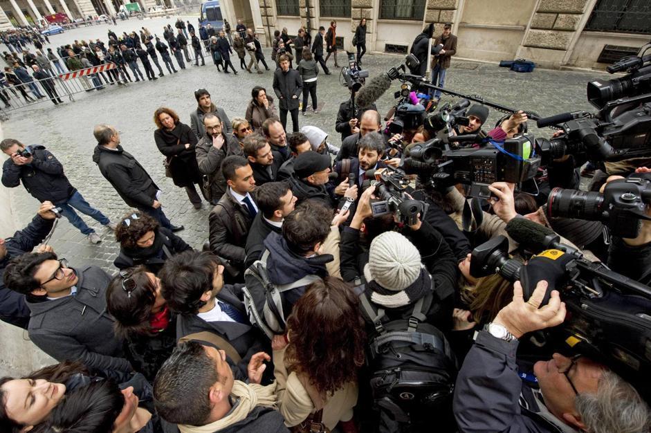 L'arrivo a Montecitorio di Roberto Fico candidato alla presidenza della Camera per il Movimento 5 stelle (Roberto Fico/Ansa)