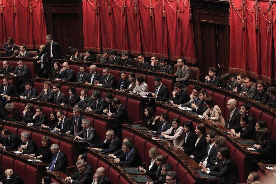 Banchi con deputati del M5S alla Camera (Giuseppe Lami/Ansa)