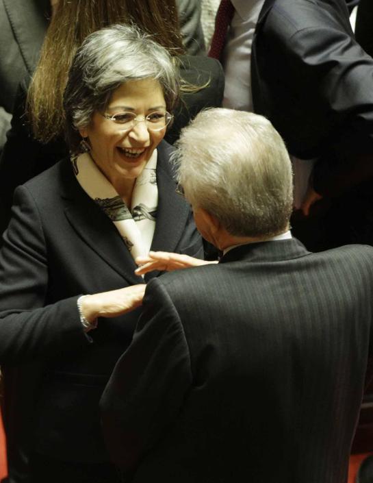 Angela Finocchiaro con Mario Monti (Andrew Medichini/Ap)