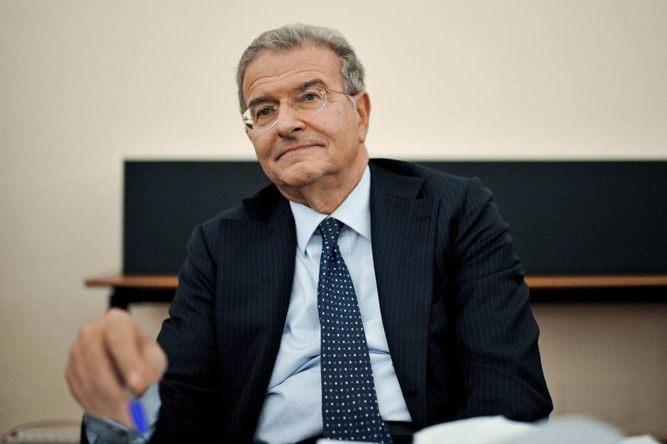 Il capogruppo del Pdl alla Camera Fabrizio Cicchitto, è il presidente della Commissione Esteri di Montecitorio (Imagoeconomica/Scudieri)