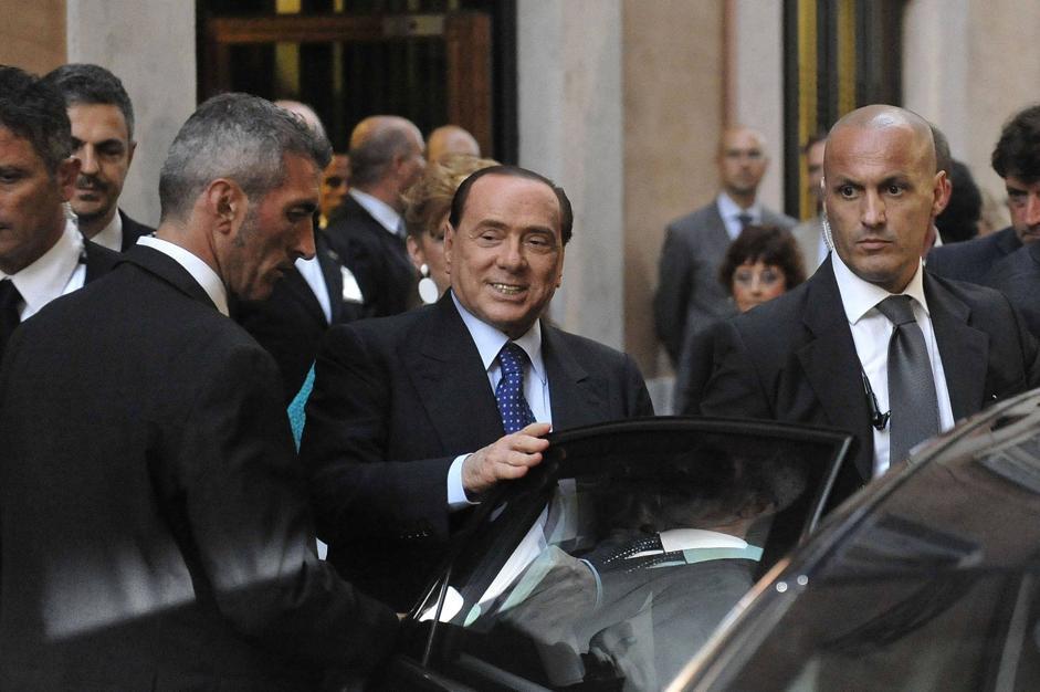 Silvio berlusconi incontra i parlamentari pdl for Parlamentari pdl