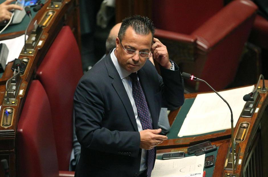 parlamentari omosessuali nomi Taranto