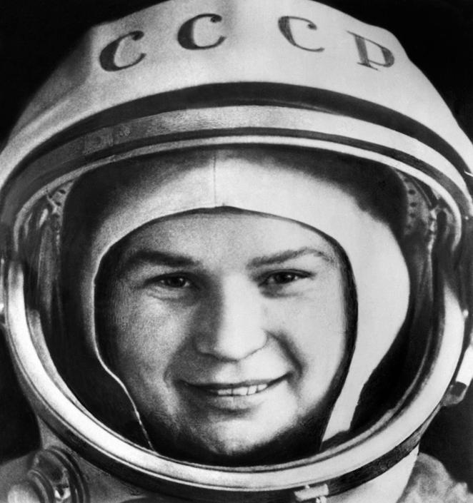 La foto diffusa il 16 giugno 1963 prima della partenza di Valentina Tereshkova (Afp/Tass)
