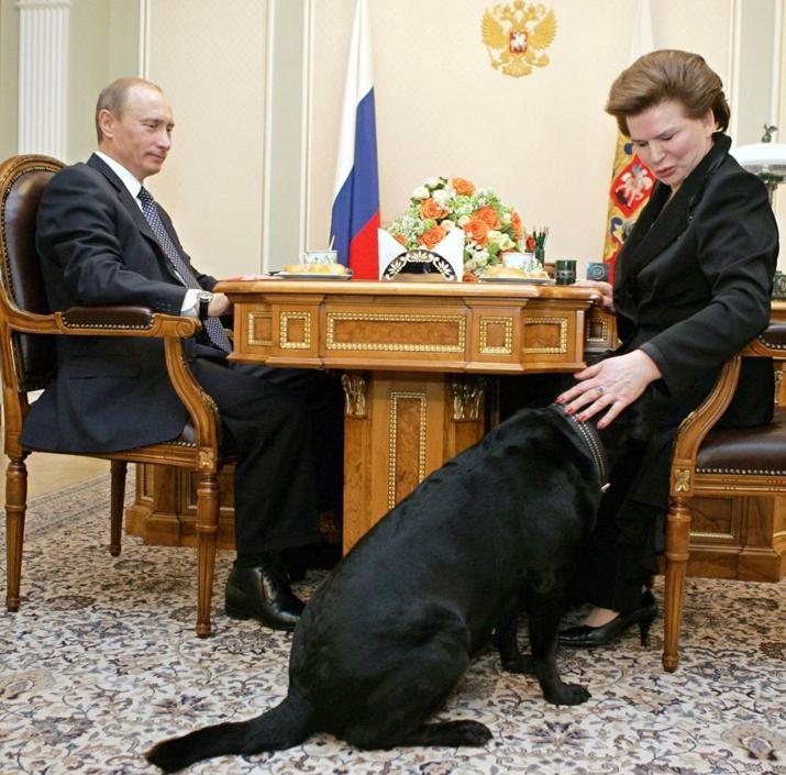 Con Putin per i 70 anni di Valentina Tereshkova il 6 marzo 2007 (Reuters)