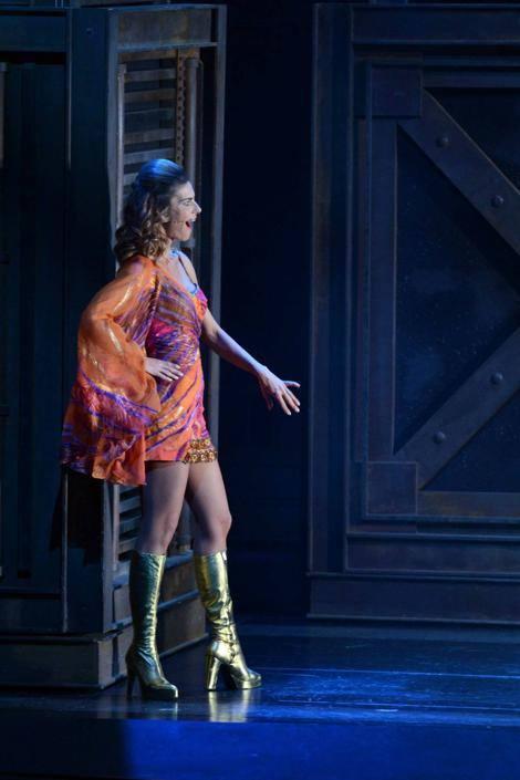 Milano, Teatro Nazionale: Martina Colombari debutta nel musical la Febbre del Sabato Sera (Olycom)