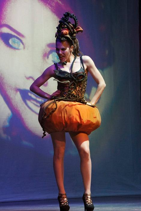Bianca Guaccero strega al teatro