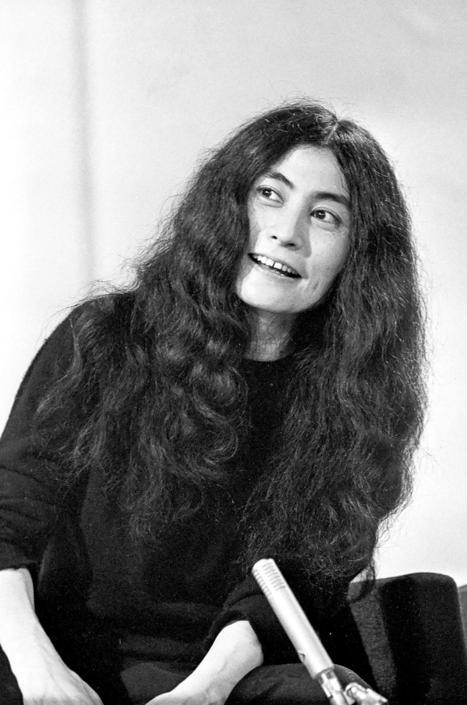 Moglie di john lennon, leader dei beatles, è nata a tokyo il 18